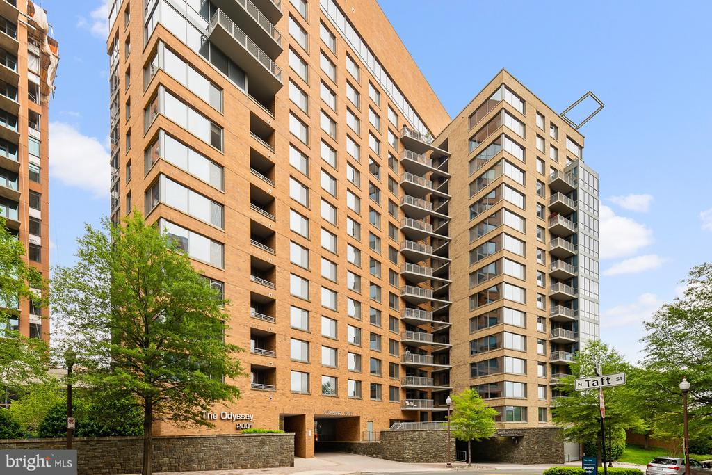 The Odyssey Condominium - 2001 15TH ST N #812, ARLINGTON