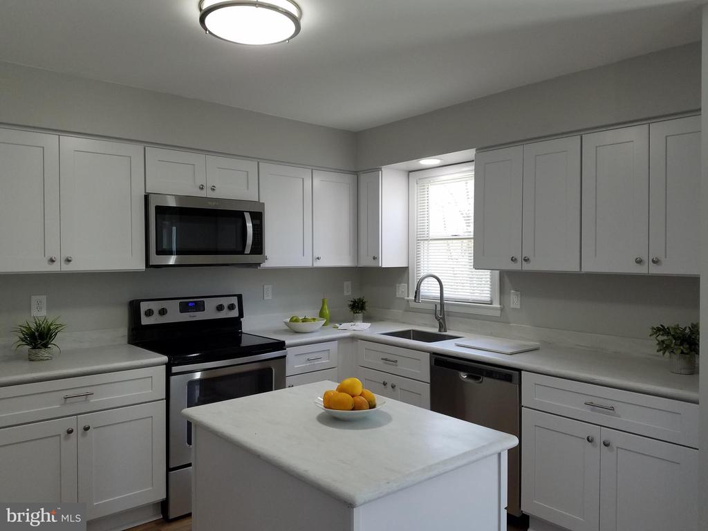 All new kitchen and appliances - 3290 POMMEL CT, MOUNT AIRY