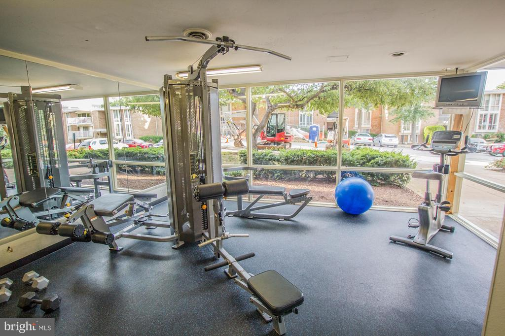 Fittness Center included - 2616 FORT FARNSWORTH RD #242, ALEXANDRIA