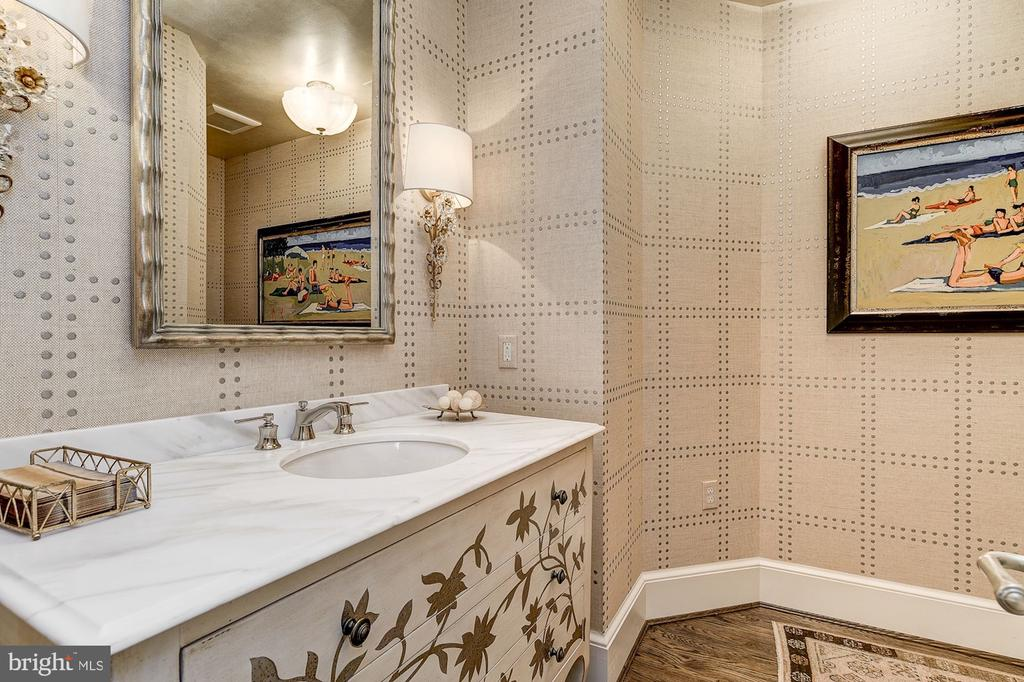Powder Room - 6409 KENNEDY DR, CHEVY CHASE