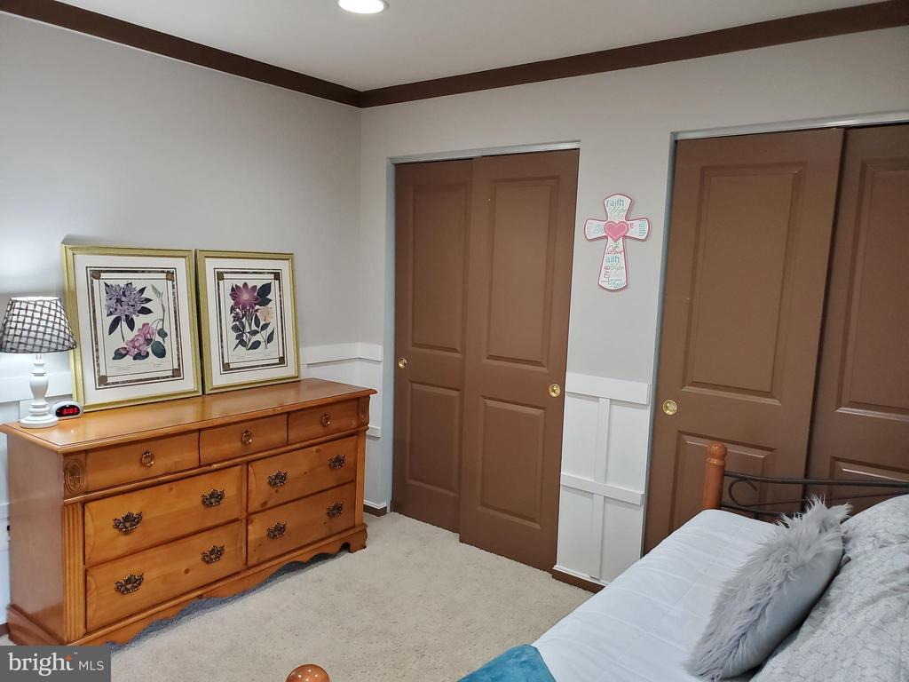 2nd floor: bedroom 3 with double closet - 27 CAPE COD, MARTINSBURG