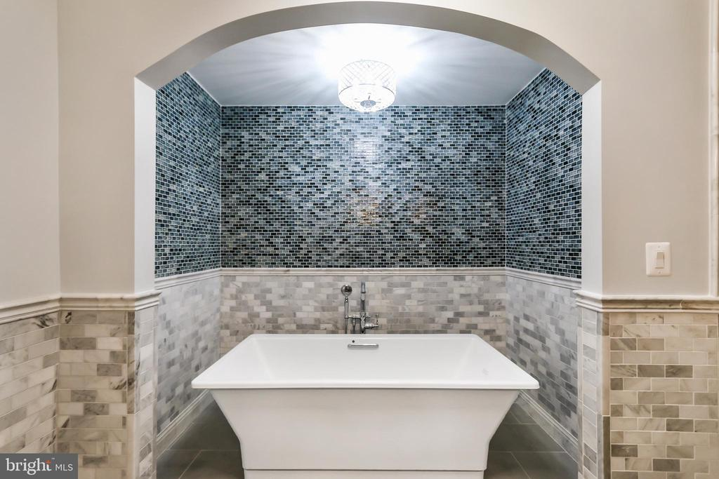 Custom tiled alcove for oversized soaking tub. - 2705 WOODLEY RD NW, WASHINGTON