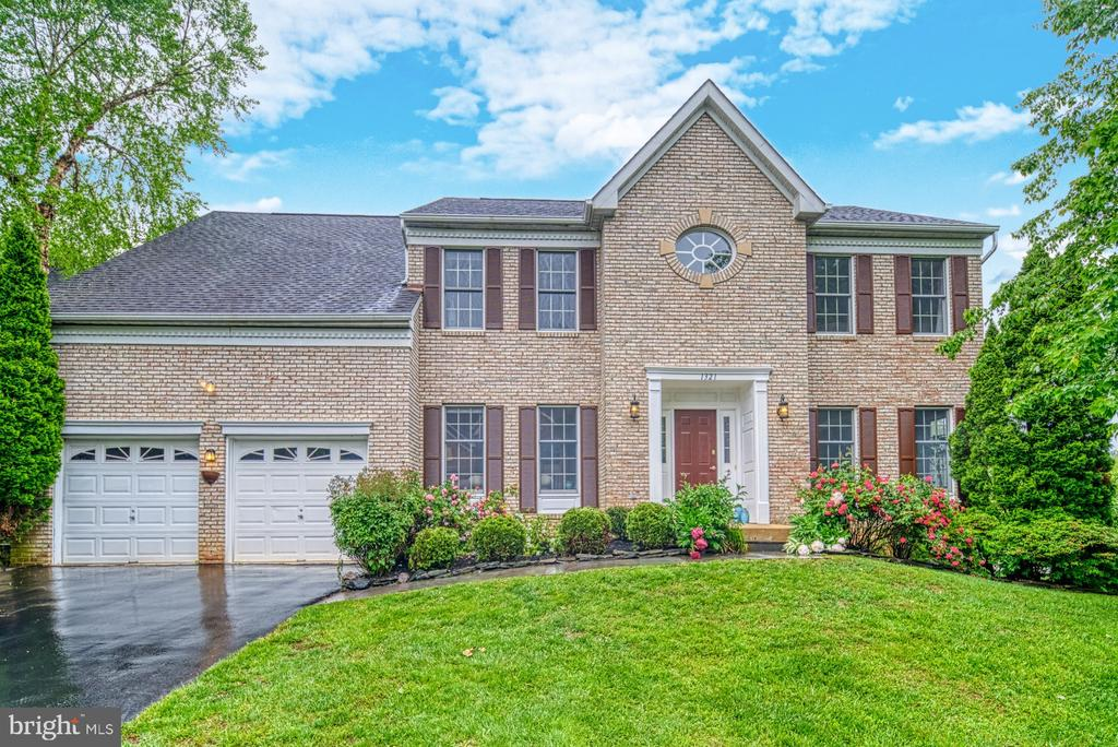 Front View - 1321 GATESMEADOW WAY, RESTON