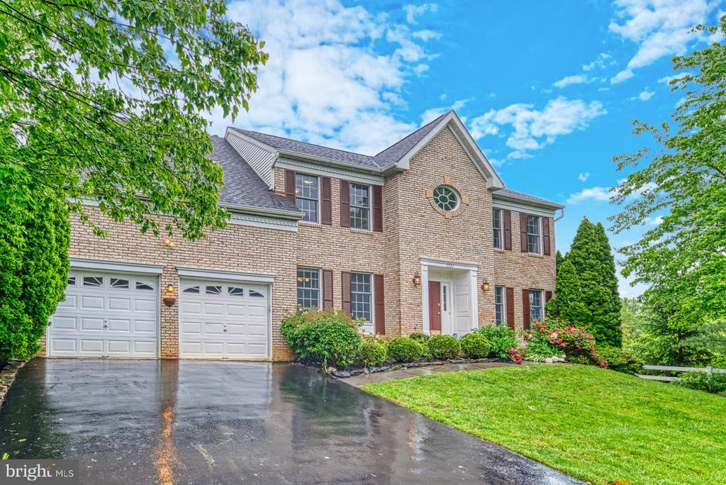 Front - 1321 GATESMEADOW WAY, RESTON