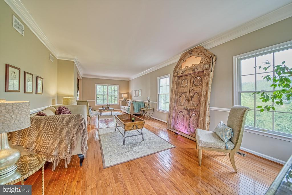 Extended Living Room - 1321 GATESMEADOW WAY, RESTON