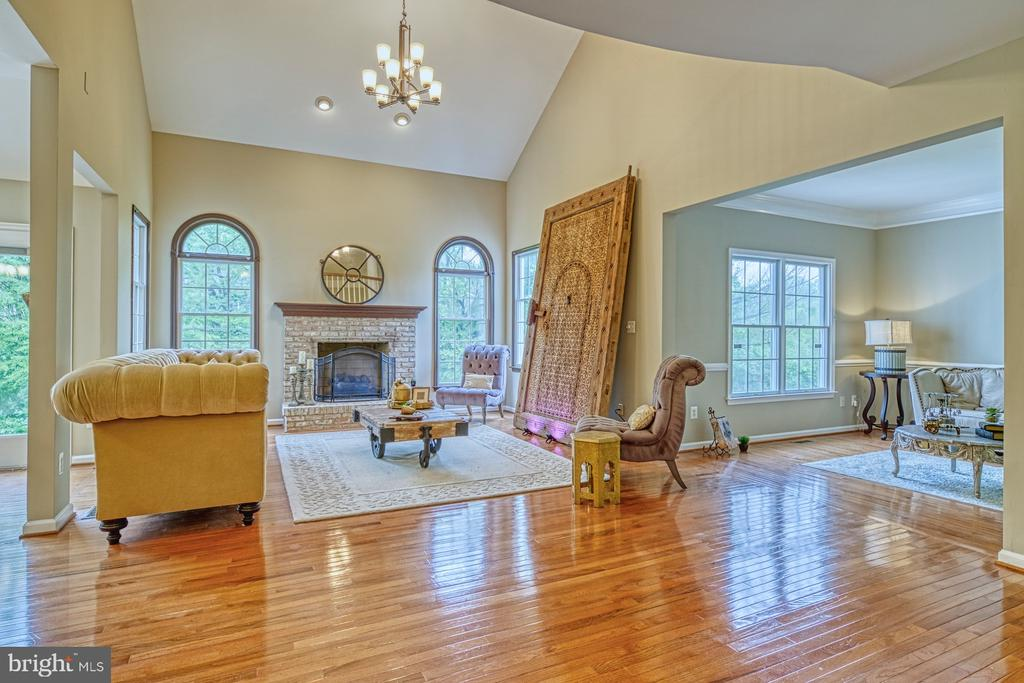 Two Story Family Room - 1321 GATESMEADOW WAY, RESTON