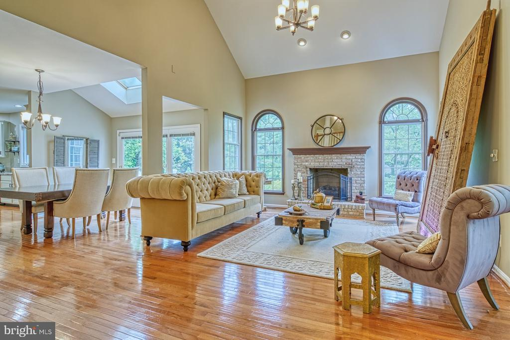 Family Room Open Floorplan - 1321 GATESMEADOW WAY, RESTON
