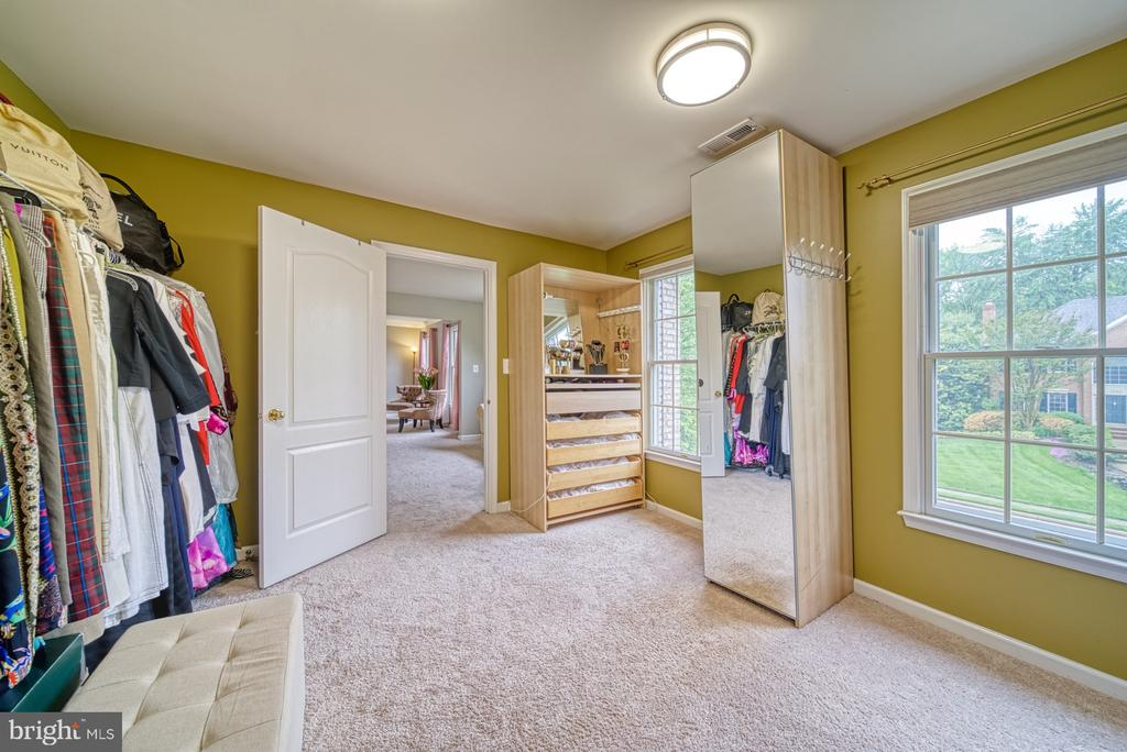 Master Dressing Rm-could be converted to 5th bedrm - 1321 GATESMEADOW WAY, RESTON