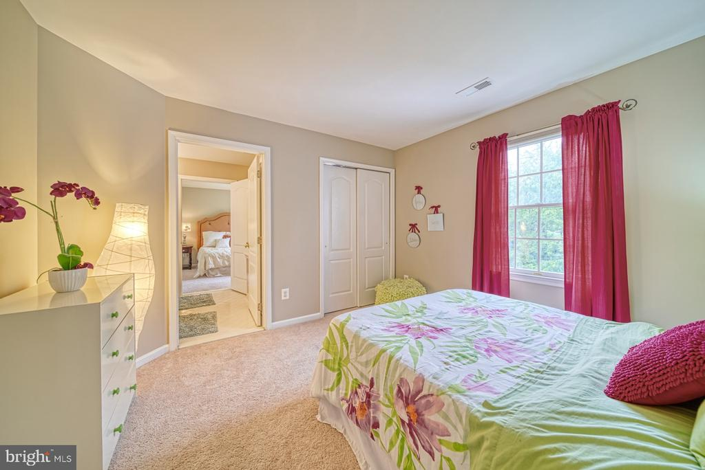 Bedroom #2 connects to Jack and Jill Bath - 1321 GATESMEADOW WAY, RESTON