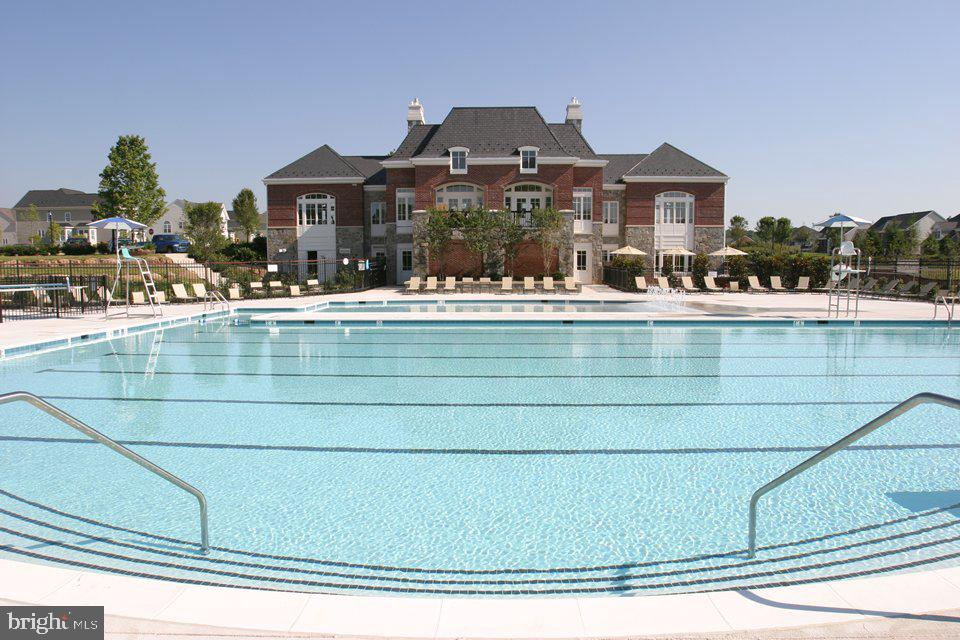 Multiple pools to chose from - 42610 CALLALILY WAY, BRAMBLETON