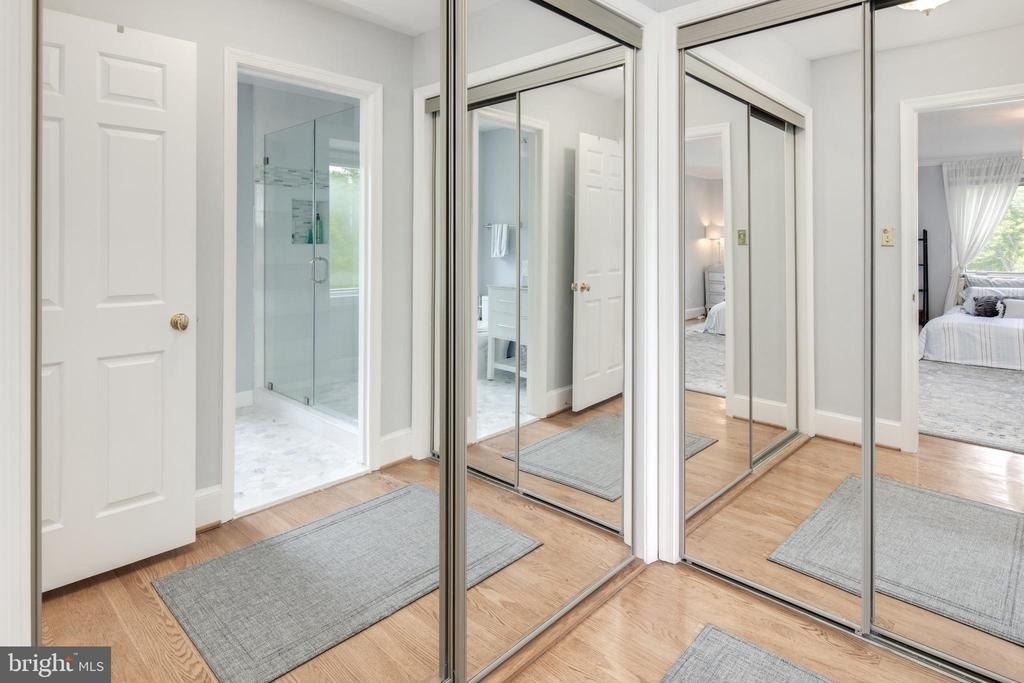 Closets! - 10106 WINDY KNOLL LN, VIENNA