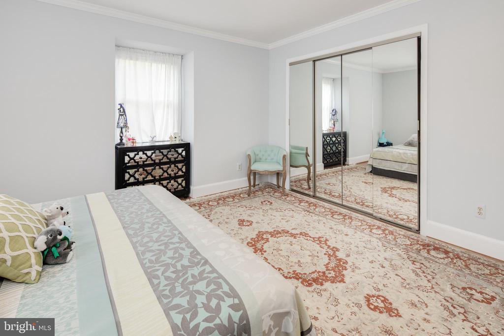 Bedroom 4 - 10106 WINDY KNOLL LN, VIENNA