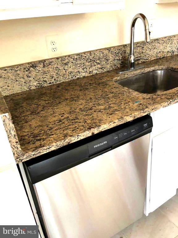 New Dishwasher-Frigidaire - 1254 BOND ST, HERNDON