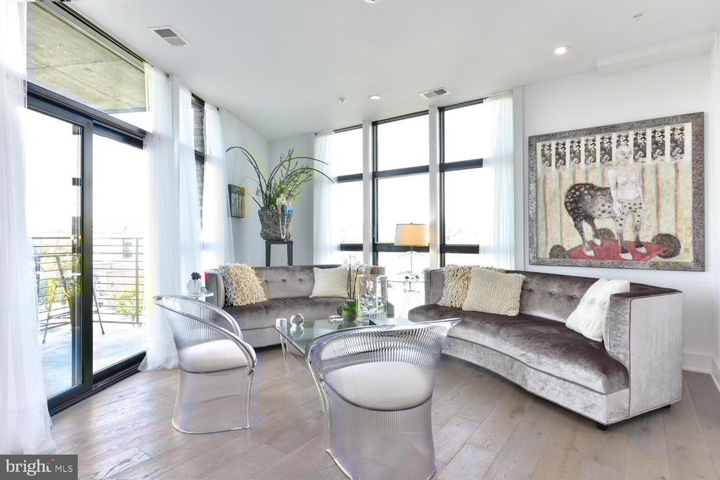 Living Room - 1402 H ST NE #501, WASHINGTON