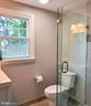 Upper level bath - 4510 TIMBERY DR, JEFFERSON