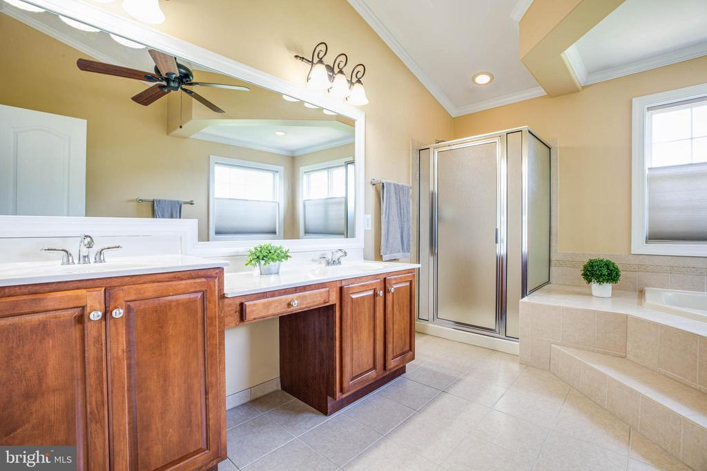 Private luxurious master bath with Calabria tile - 3 MOUNT ARARAT LN, STAFFORD