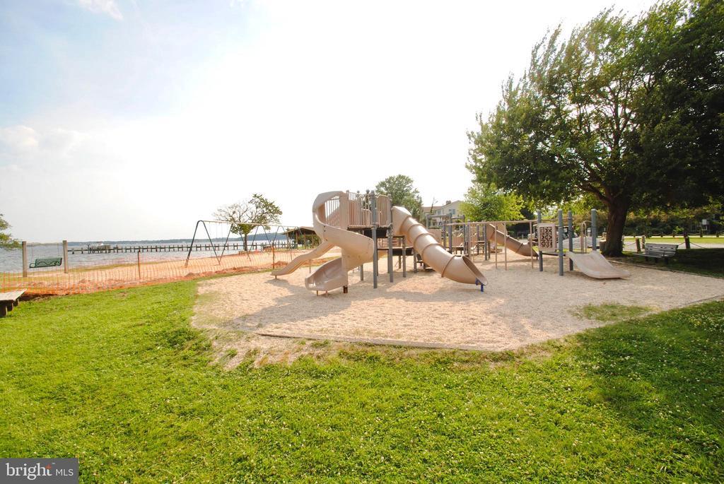 playground at community beach - 449 POPLAR LN, ANNAPOLIS