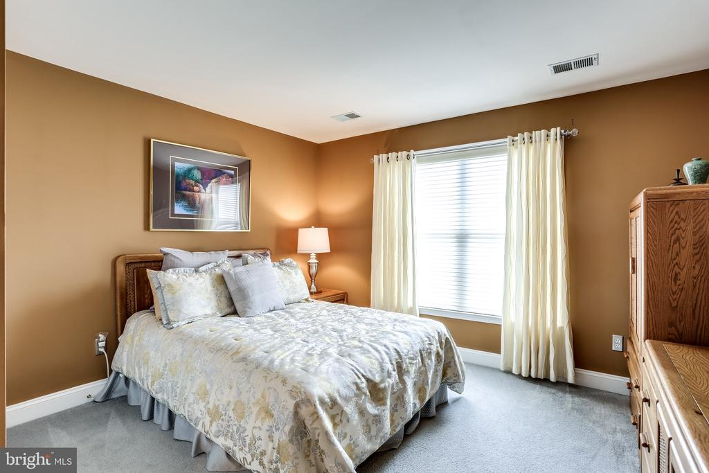 Bedroom - 2112 CHAUCER WAY, WOODSTOCK