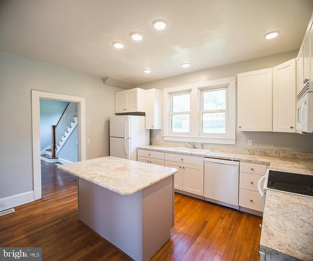 Updated Kitchen - 14360 SPICERS MILL RD, ORANGE