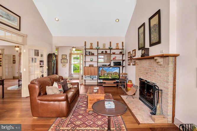 Living Room - 23158 CANNON RIDGE LN, MIDDLEBURG