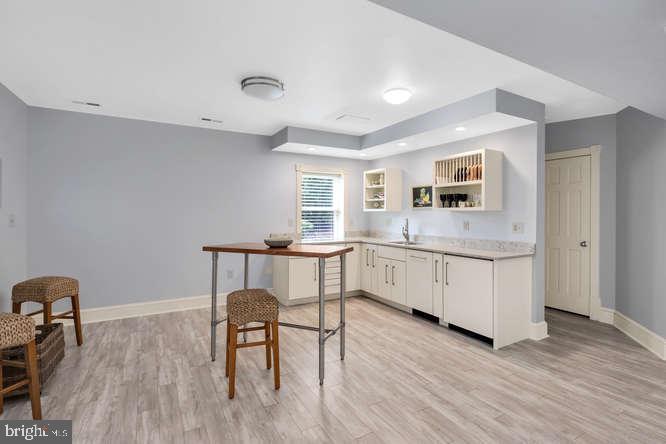 Inlaw kitchenette suite - 23158 CANNON RIDGE LN, MIDDLEBURG