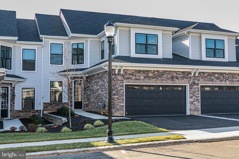Single Family Homes voor Verkoop op Lawrence Township, New Jersey 08648 Verenigde Staten