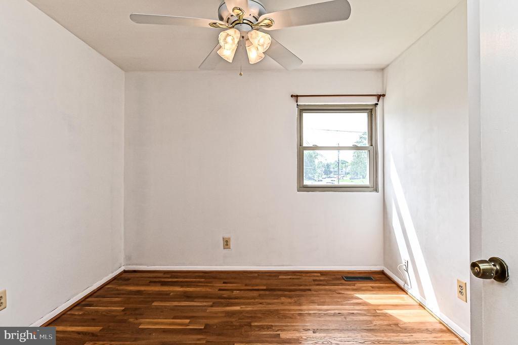 Bedroom 1 - 6100 PINTO PL, SPRINGFIELD