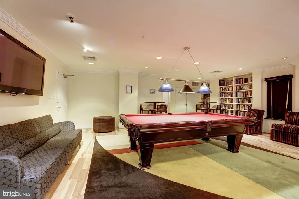 Billiards room. - 2230 GEORGE C MARSHALL DR #827, FALLS CHURCH