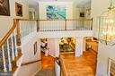 Upper level of spacious foyer - 11331 BRIGHT POND LN, RESTON
