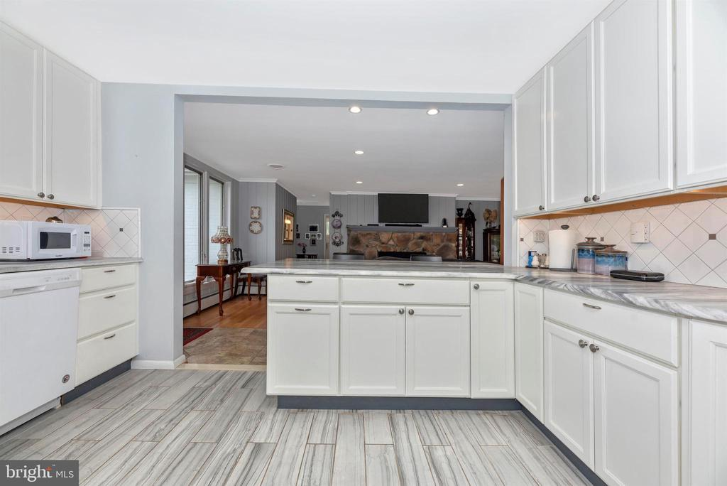 Kitchen has Ample Counter Space - 3001 GILLIS FALLS RD, MOUNT AIRY