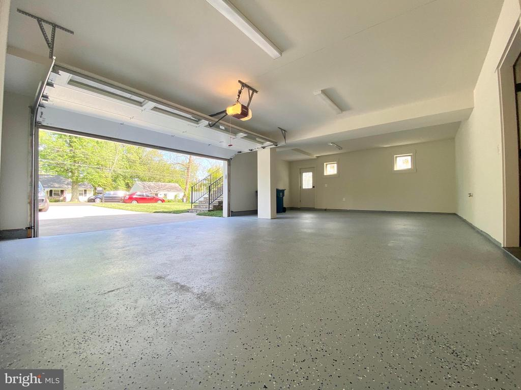 garage 2-car - 7627 LISLE AVE, FALLS CHURCH