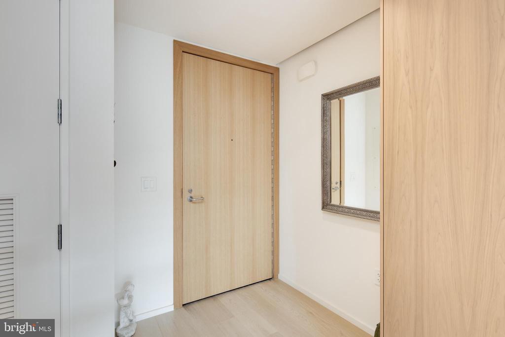 Foyer - 920 I ST NW #1007, WASHINGTON