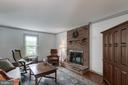 Cozy family room with wood burning fireplace - 14 STEEPLECHASE RD, FREDERICKSBURG