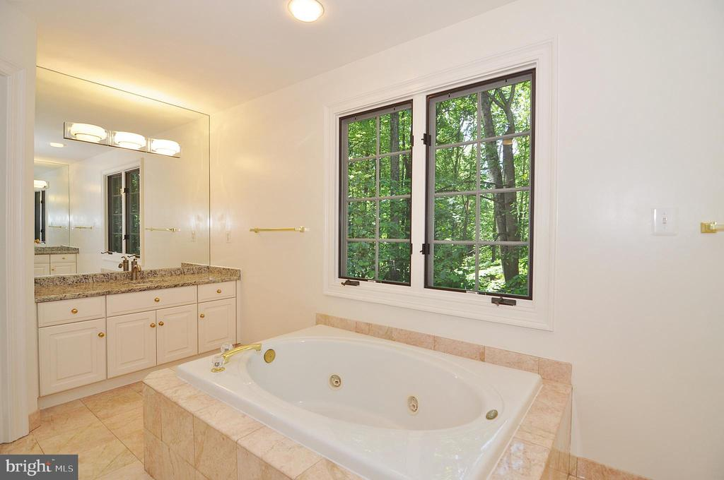 Master Bath #1 - 2993 WESTHURST LN, OAKTON
