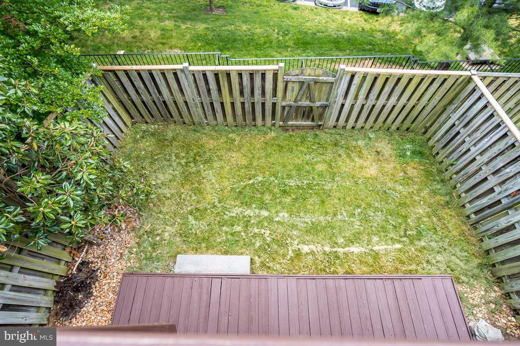 Aerial View of Backyard - 5266 BALLYCASTLE CIR, ALEXANDRIA