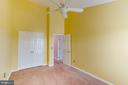 3rd Bedroom with HIGH Cathedral Ceilings! - 5266 BALLYCASTLE CIR, ALEXANDRIA