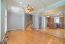 Family Room - Curved Stairs to Upper Level - 214 ZINFANDEL LN, ANNAPOLIS