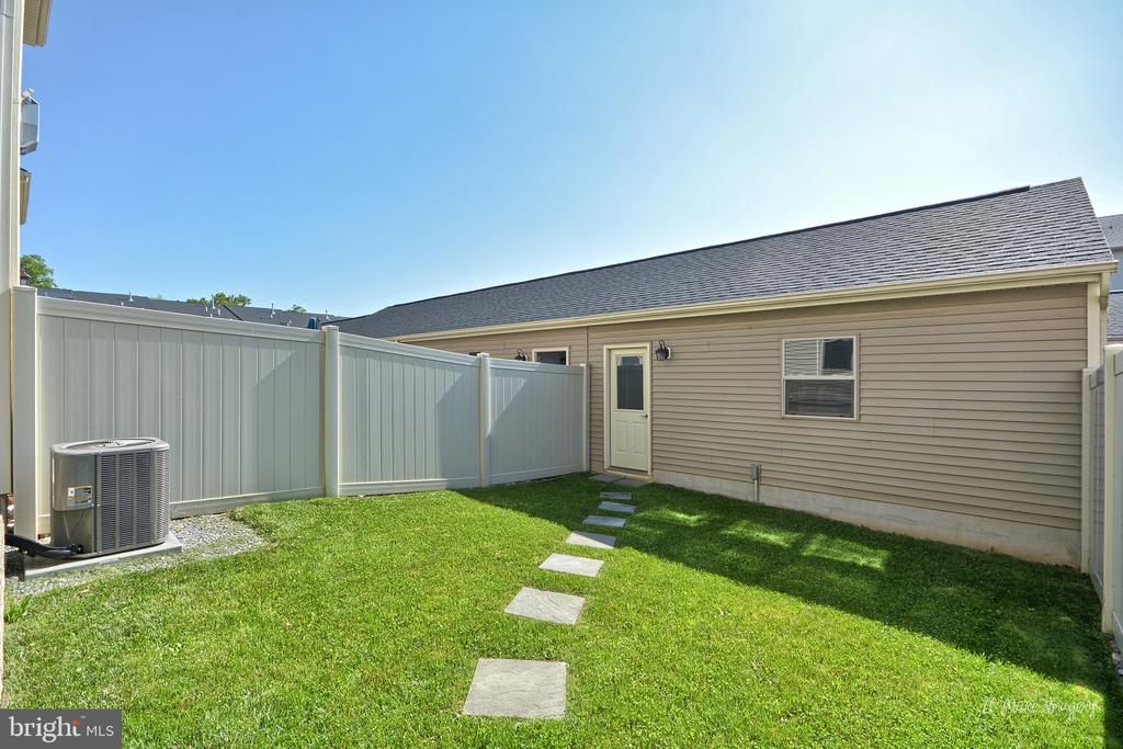Awesome backyard for outdoor living - 3029 STONERS FORD WAY, FREDERICK