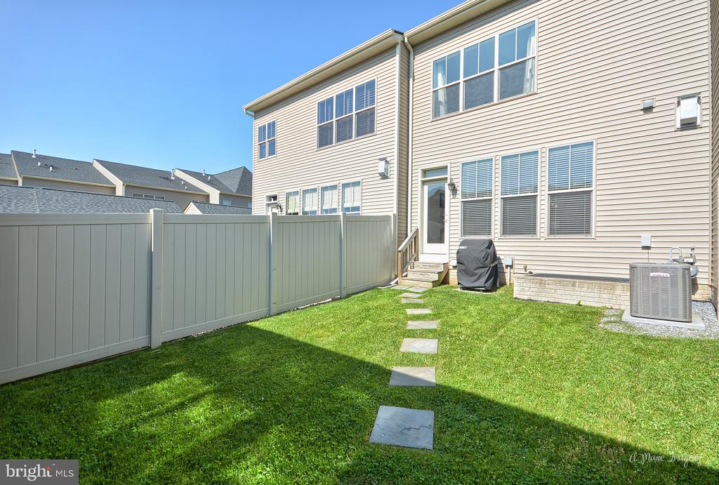 and BBQs for family & friends (realtors too!) - 3029 STONERS FORD WAY, FREDERICK