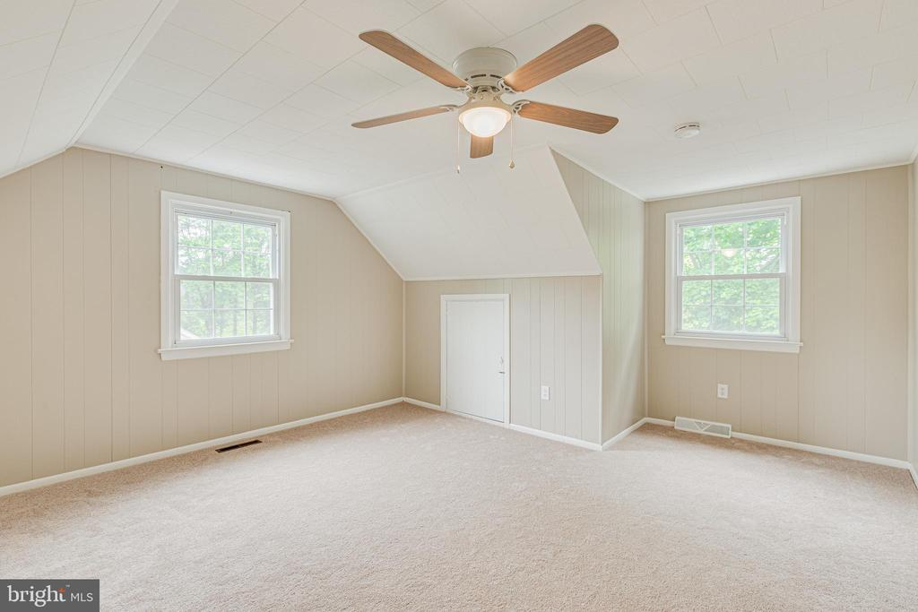 Upper bedroom 2 - 4510 TIMBERY DR, JEFFERSON