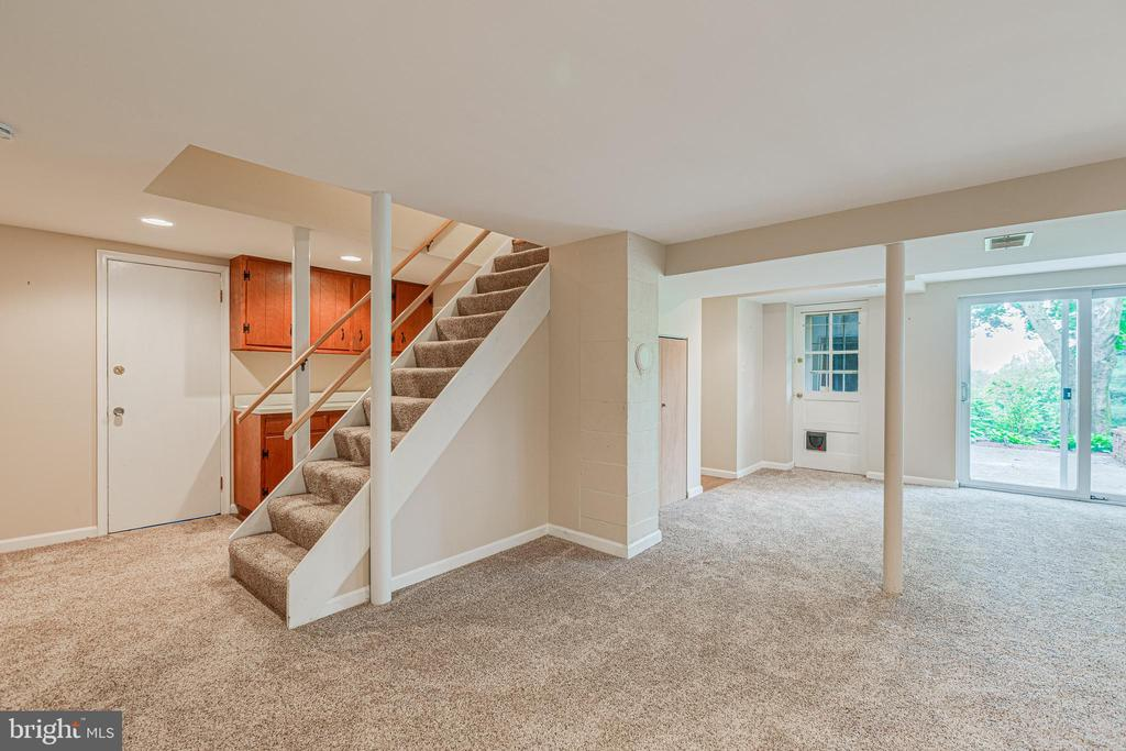 Finished lower level - 4510 TIMBERY DR, JEFFERSON