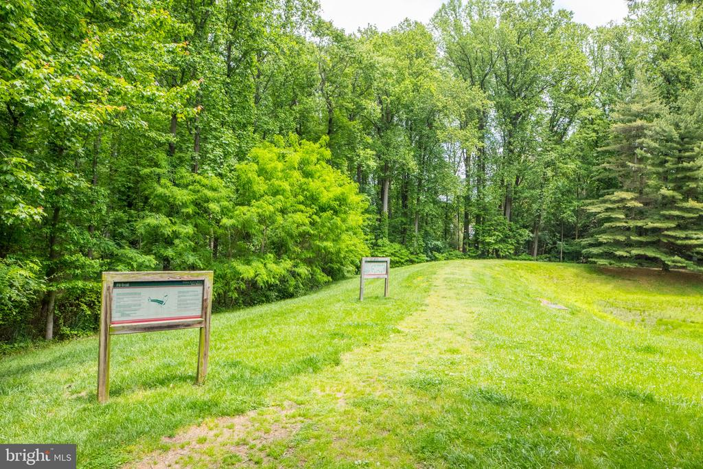 Walking trails wind through the 21 acre complex. - 2230 GEORGE C MARSHALL DR #827, FALLS CHURCH