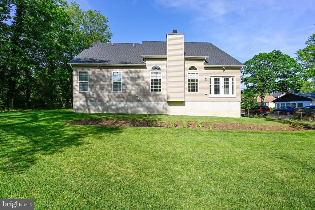 Great  rear yard for entertaining - 3428 COHASSET AVE, ANNAPOLIS