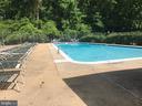 Community pool - 3975 LYNDHURST DR #303, FAIRFAX