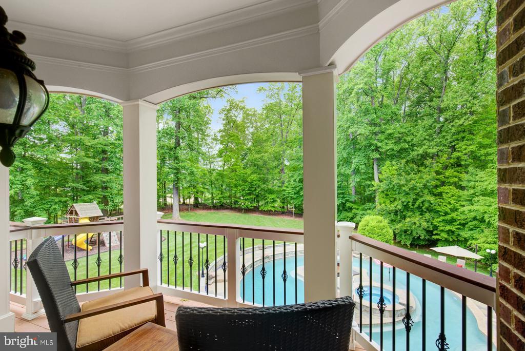 Master Bedroom Balcony - 3722 HIGHLAND PL, FAIRFAX