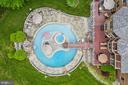 Aerial Photo Of Pool, Island, Deck & Backyard - 3722 HIGHLAND PL, FAIRFAX