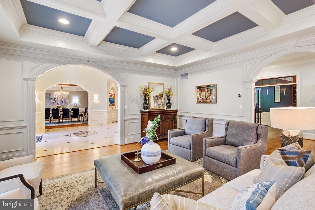 Living Room - 3722 HIGHLAND PL, FAIRFAX