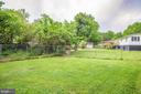 Fenced-in back yard is great for pets - 10905 DEERFIELD DR, FREDERICKSBURG