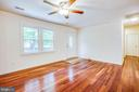 Head to other side of  house and note fresh paint - 10905 DEERFIELD DR, FREDERICKSBURG