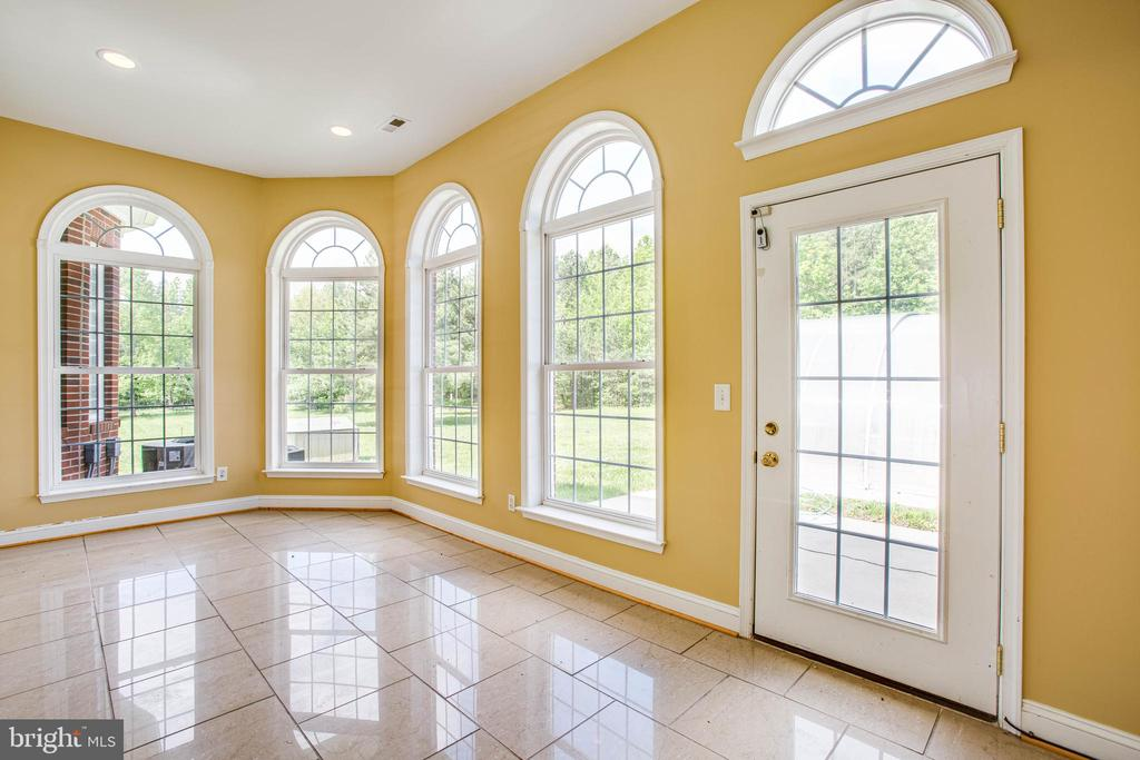 Sun room - 9649 LOGAN HEIGHTS CIR, SPOTSYLVANIA